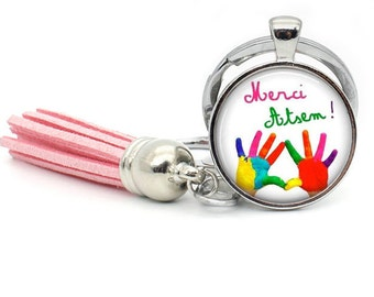 IN STOCK a pretty Keychain with a glass cabochon 25 mm thanks?