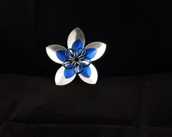 small scale flower