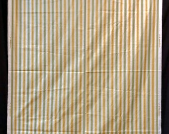 A fine quality Egyptian polished printed cotton 9 yards x 54 inches wide