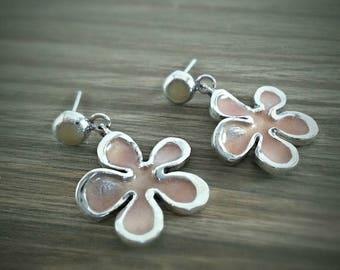 Drop Earrings - Dangle Earrings - Flower Earrings - Daisy Earrings - Floral Earrings -  Custom  Color Earrings - Sterling Silver Earrings
