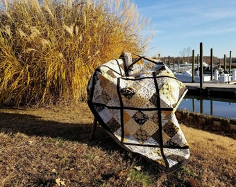 Queen Bee Quilt, Modern Black Lattice Design,Gift for Wedding, Birthday, Anniversary, Christmas Anything! READY TO SHIP!