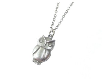 Vintage Tiny Owl Pendant Necklace