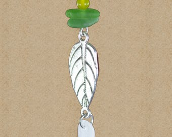 green sea glass necklace / leaf necklace / authentic sea glass jewelry / genuine beach glass necklace / nature necklace / nature necklace