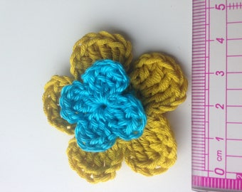 Set of 4 double crochet yellow mustard flowers and turquoise heart