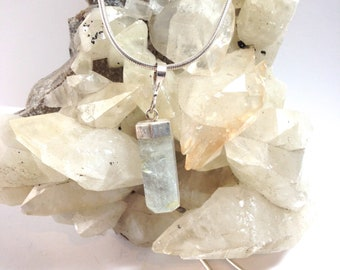 Quartz pendant with a sterling silver chain