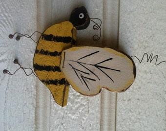 Rustic Wood Bumble Bee Yellow Bug