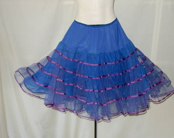 Sz L 100% Nylon Crinoline - Malco Modes - 1950s Vintage - Made in USA - Tulle Petticoat - Can Can - Dance Slip - Square Dance