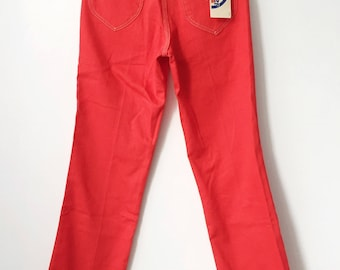 vintage wrangler accord straight leg red jeans student size 28 x 30 deadstock NWT 70s made in USA