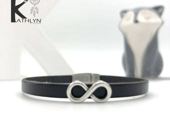 Infinity bracelet black leather and metal
