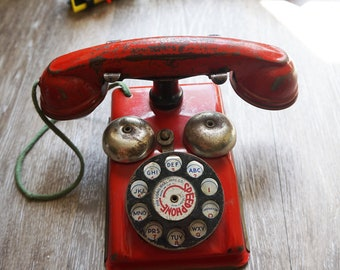 """Vintage 1940s Red Tin Toy """"Speed Phone"""" from The Gong Bell Mfg Co"""