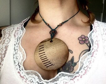 Anardil (friend of the Sun), Sun and macrame necklace wood