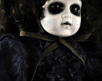 """Fionúir 19"""" OOAK Porcelain Music Box Horror Doll"""