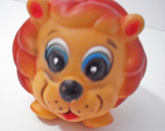 Lovely Lion Squeaky Squeeze Toy Vintage Play Toy