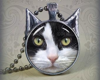 TUX6 TUXEDO CAT pendant