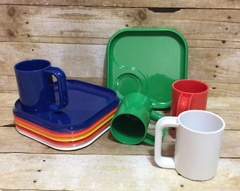 Ingrid Chicago Snax Set 4 Mugs 6 Plates Modern Stacking Melamine Camping Picnic
