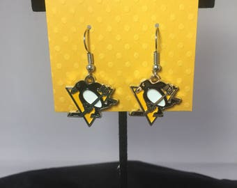 Pittsburgh Penguin earrings, Penguins, Pittsburgh Penguins, Earrings, Pittsburgh Penguin jewelry