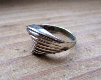 Vintage Geometric Silver Twist Ring - Size 7
