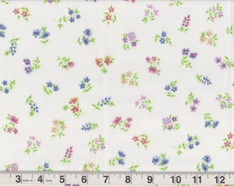 "Land's End Coming Home 50/50 Micro Floral Bunch Bedsheet FQ | red blue green purple flowers | Fat Quarter 18"" x 22"" pre-cut"