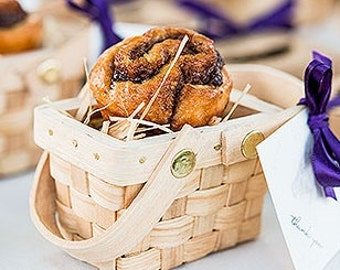 Mini Picnic Basket Favor Containers (Pack of 6) Country Wedding Favors