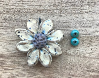 Dimensional Daisy, Art Bead, Handcrafted Ceramic Pendant,flower pendant ,The Classic Bead, zinnia Pendant, gift for gardener