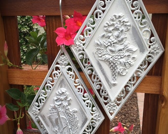 Shabby Chic Syroco Vintage Wall Hanging  // Shabby Chic Wall Hanging // Syroco Wall Hanging  (2 pieces)