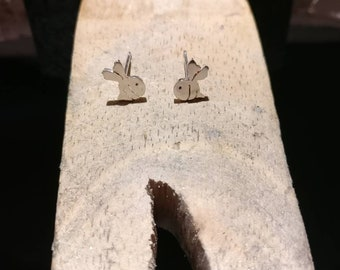 Bumble Bee Earrings, Cute Bee Jewellery, Bee Studs, bee gift, Bee earrings, tiny earrings, Gift for her, insect earrings