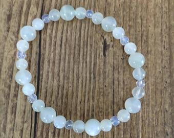 Moonstone beaded bracelet. Moonstone bracelet