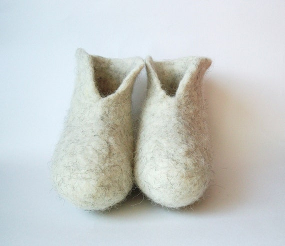 slippers men gift slippers wool felted white Felted slippers felt slippers Valentine eco natural women booties day wool natural slippers UPnIWSqw