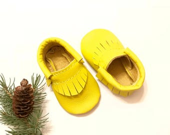 Baby Moccasins, Yellow Leather Baby Moccasins, Yellow Baby shoes, Yellow Baby Moccasins shoes, Baby Gift