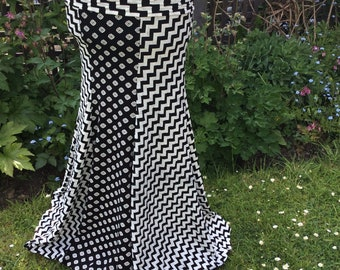 Mermaid skirt, from the Diva! collection. Black and white print stretch skirt, Tribal fusion, fusion skirt, trumpet skirt