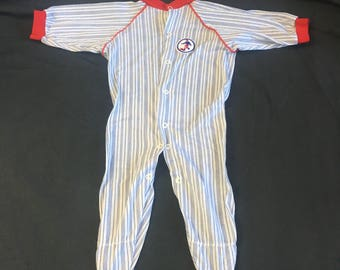 Baby Boy Sleeper, Vintage Baby Sleeper, Soccer Baby Outfit, Size 6 Months, 1980's Baby Clothes, Vintage Baby Clothes, Baby Boy Clothing