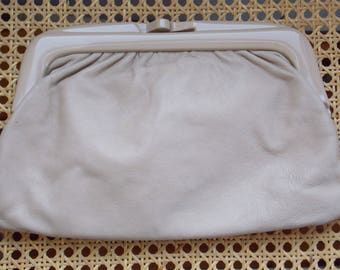 Vintage Italian Leather Clutch Purse, Buttery Cream Beige, Excellent Condition