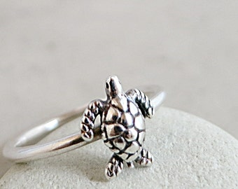 Sea Turtle ring, sterling silver, stackable, Beach jewelry, Animal jewelry