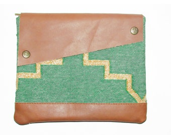 Handmade Dhurrie Leather Clutch