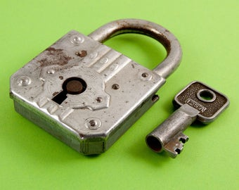 Padlock with Key - Fully Working Order - Made by F.T.H. - French Vintage