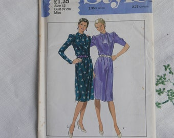 Vintage 1980s dress pattern, Style 3222, dress with neck tie, size 34 inch bust, 1980, UNCUT