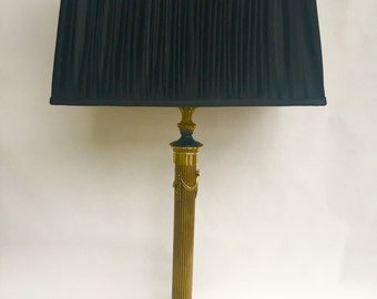 Antique empire table lamp with marble base and messing voot (tt5)
