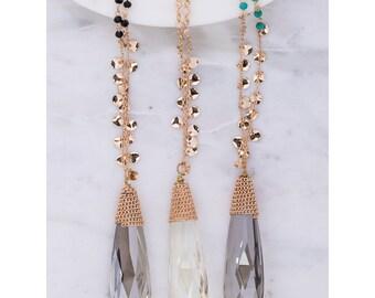 Faced tear drop glass pendant necklace