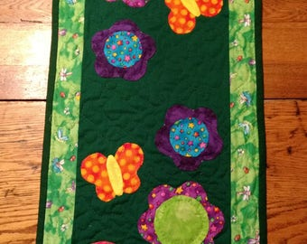Spring Time Hand Appliqued & Hand Quilted Table Runner