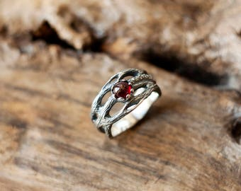 Branch ring - Forest ring - Garnet ring - Tree branch ring - Nature ring - Promise ring - Bohemian ring - Tree ring - Botanical ring