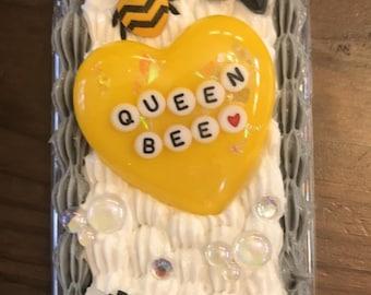 Decoden phone case-Queen bee