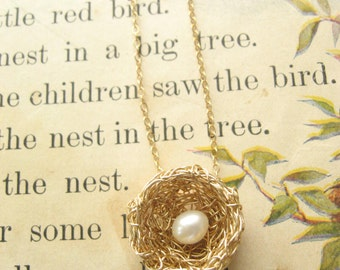 Bird Nest Necklace, One Pearl, Gold Wire Precious Meshes
