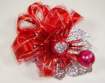 Vintage Christmas Decor, Mid Century, Holiday Package Decoration, Corsage, Red