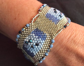 NO 185 Hand Beaded Crystal and Glass Bracelet