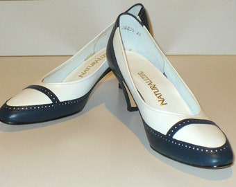 Classic Navy/White Naturalizer Spectator Pumps, size 10AA/AAAA [heel], New in Box