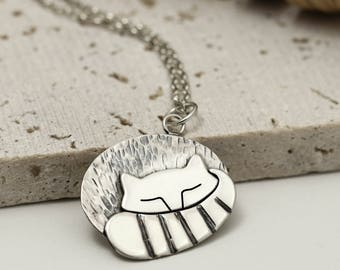 Sleeping Cat Necklace - Sterling Silver Cat Jewellery - Cat Lover Gift