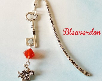 Red bookmark inspired by Alice the Wonderland