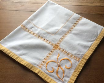 Vintage White and Yellow/Gold Tablecloth with an Embroidered Fleur de Lis Design - 1950s