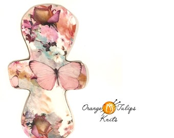 """Cloth Pad 11"""" MODERATE Pastel Butterflies"""