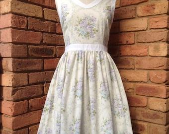 Vintage inspired Mauve floral bouquet tea dress Size 10 AUD Ready to Ship